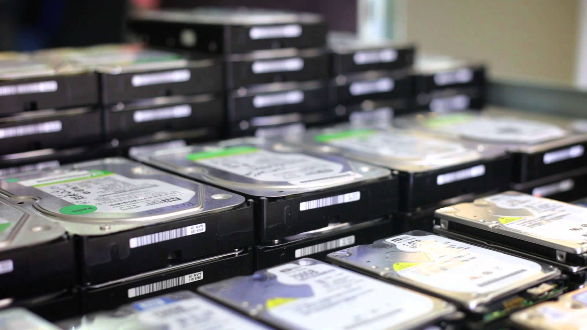 How to Retrieve Lost Data From Hard Drives?